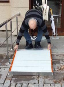 Installation-Roll-Up-4