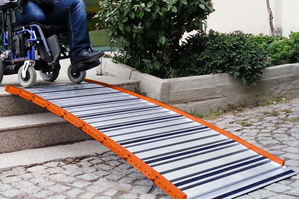 Rampe d'accès pour fauteuil roulant Roll Up