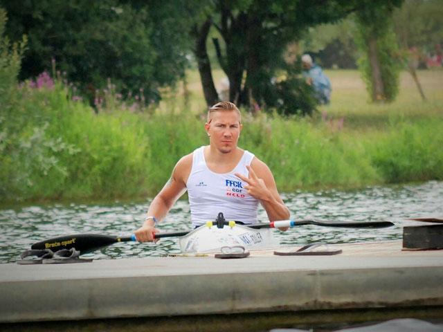 Rémy Boulle athlète de l'équipe de france paralympique de kayak