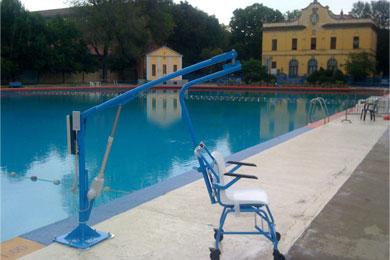 Élévateurs fixes de piscine sur batteries F 145 – 145/B