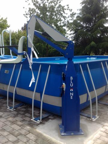 Élévateur de piscine fixe sur batterie Bluone f100m