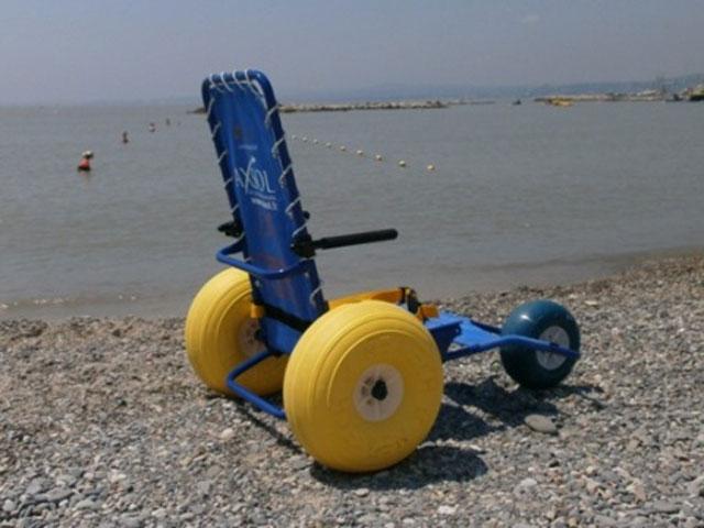 Fauteuil de mise à l'eau JOB classic avec 3 ème roue