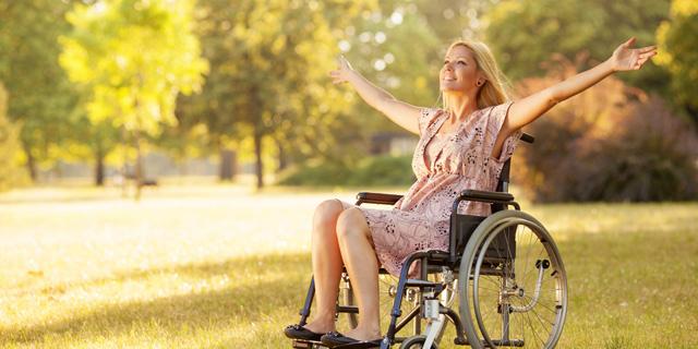 Fauteuil roulant manuel ultra léger pour handicapés et pmr