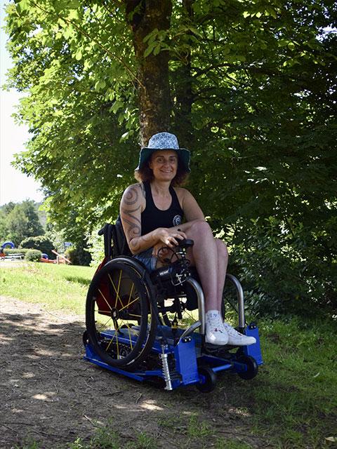 Balade en forêt en Freedom trax avec Katell Ropert