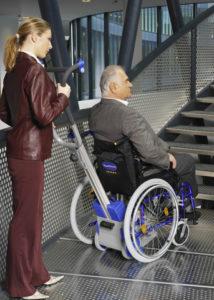 Mise en place du monte escalier autonome pt 130 adapt