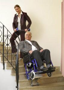 Monte escaliers pmr et handicapés lifkar pt adapt 130 adapté à tous les fauteuils roulants