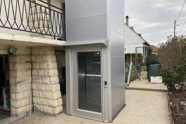 Plateforme élévatrice Icare type ascenseur, pour fauteuil roulant et personnes à mobilité réduite